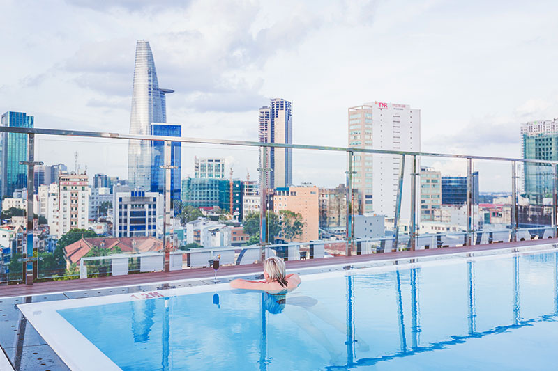 ROOFTOP WITH SWIMMING 360 DEGREE VIEW