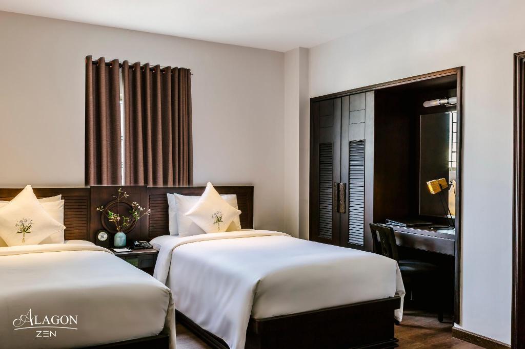 Deluxe_Twin_Bed_Room