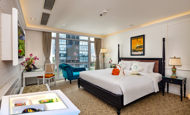 Executive Suite King Room- - Free Minibar & Executive Lounge Access