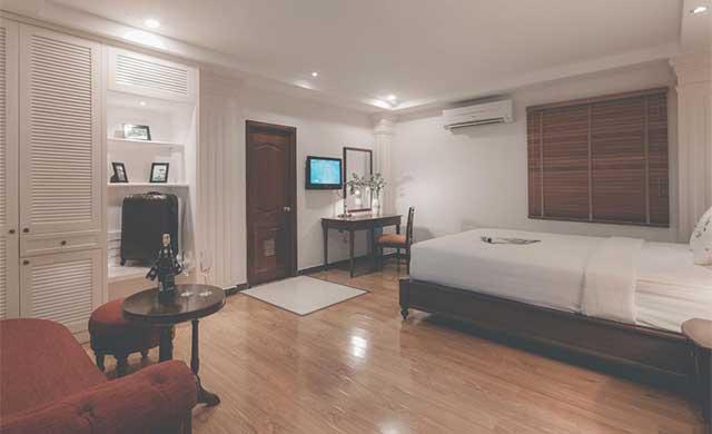 premier-deluxe-room-3