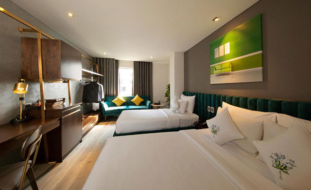 Executive Triple Room - Free Minibar & Executive Lounge Access